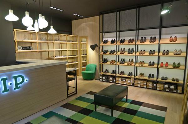 b25a5e7a2c2 Мебель для магазинов и бутиков - изготовление мебели из дерева на ...